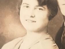 Elisabeth Schkolnik (ca.Ende 1920er Jahre,  Ausschnitt , Familienarchiv)