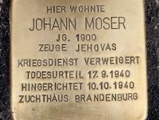Stolperstein Johann Moser Foto: Verlegung des Stolpersteins für Johann Moser im August 2016 Foto: J.J. Kucek